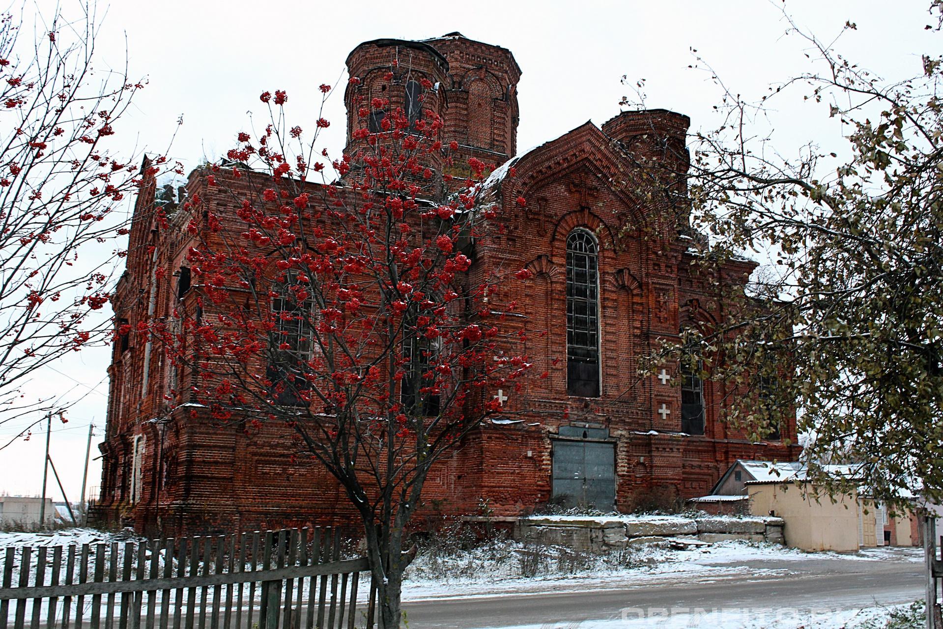 Никольский женский монастырь Ивановская область, Лежневский район, п. Лежнево. бывшее село Назарьево
