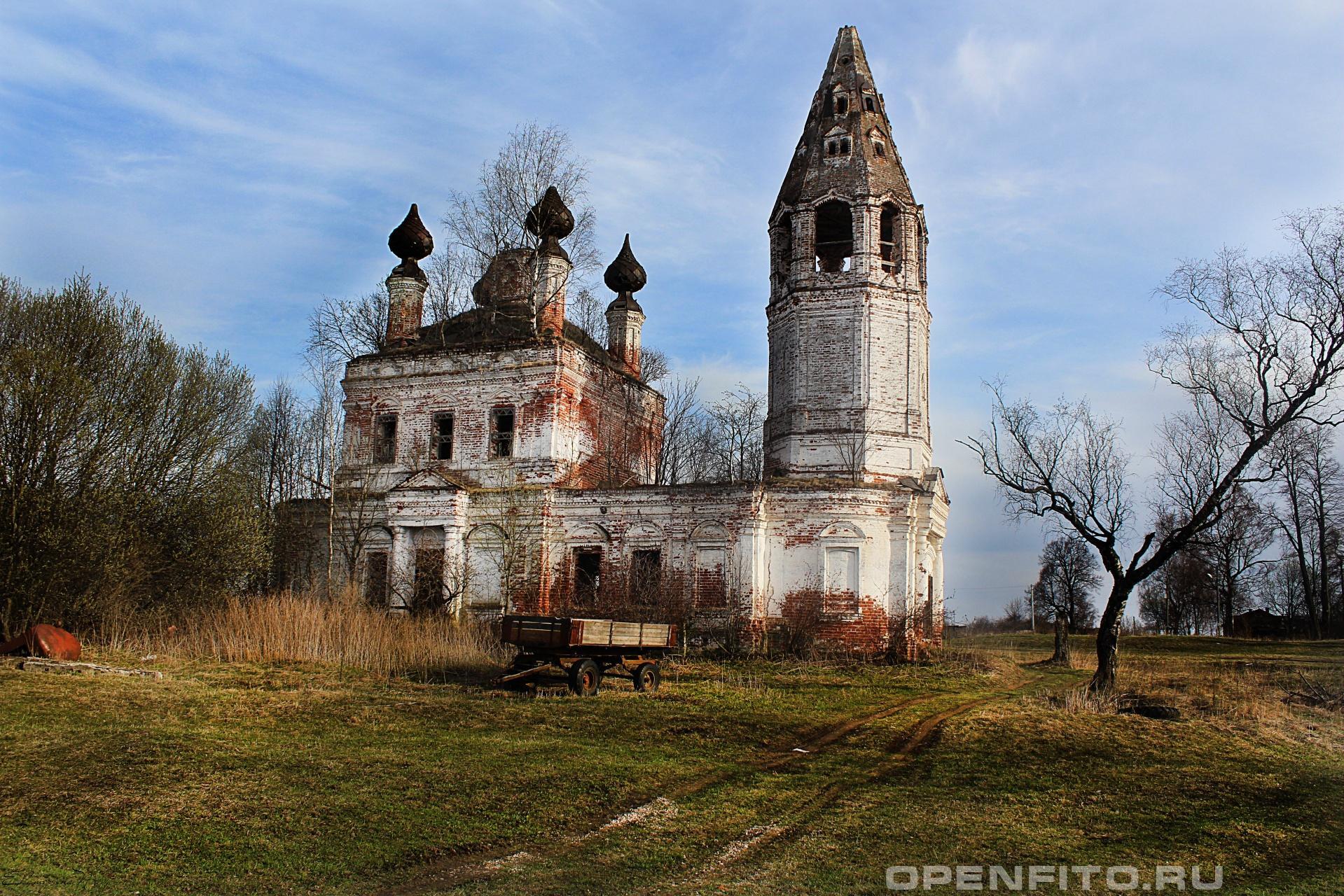 Церковь Чуда Михаила Архангела Ивановская область, Фурмановский район, село Березники