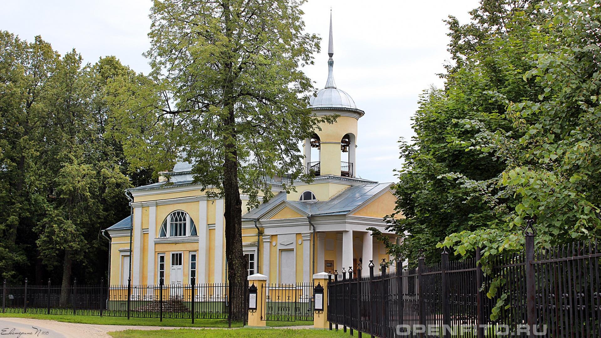 Покровский храм Усадьба Брянчаниновых, село Покровское, Вологодской области