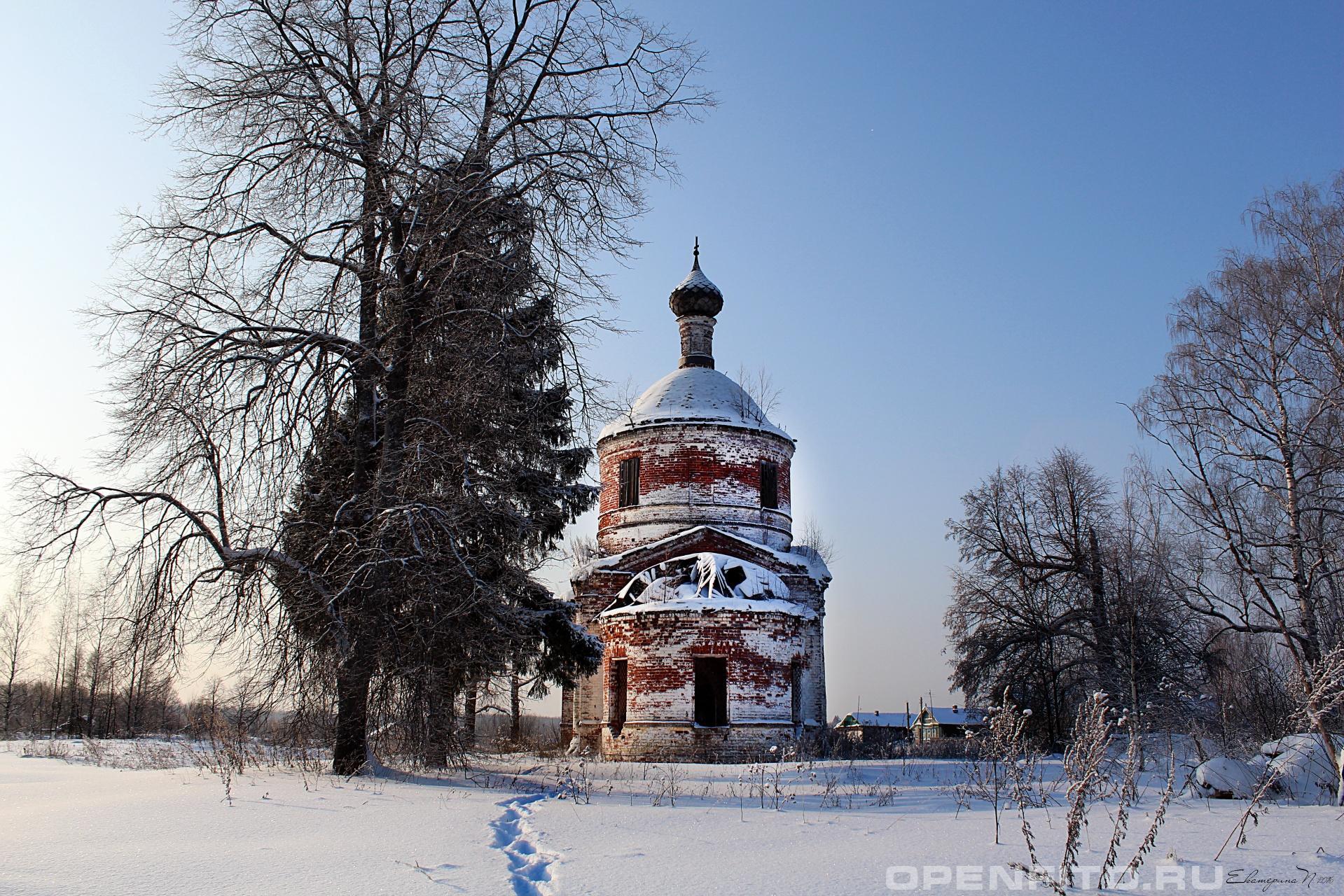 Церковь Успения Пресвятой Богородицы Ивановская область, село Церковново