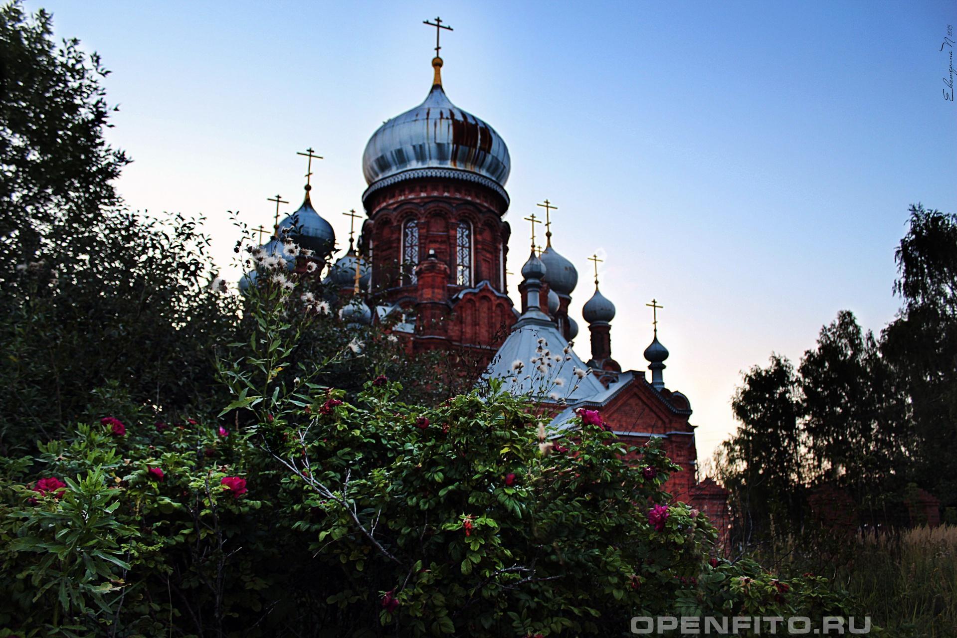 Скорбященская церковь Скорбященская церковь в г. Фурманов Ивановской области